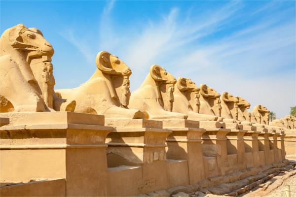 Monument - Croisière Sur le Nil en tout inclus avec excursions et séjour à l'hôtel Onatti Beach Resort 4* Louxor Egypte
