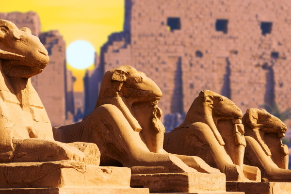 Monument - Combiné croisière et hôtel Splendeurs du Nil et Three Corners Equinox 4* Louxor Egypte