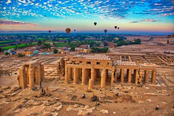 Monument - Combiné croisière et hôtel Sur le Nil sans excursions et séjour au Sea Star Beau Rivage 5* Louxor Egypte