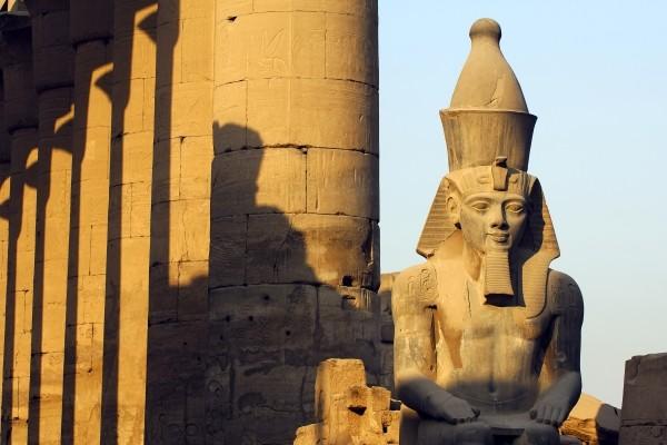 Monument - Croisière Sur le Nil en tout inclus avec excursions et séjour à l'hôtel Palm Beach 4* Louxor Egypte