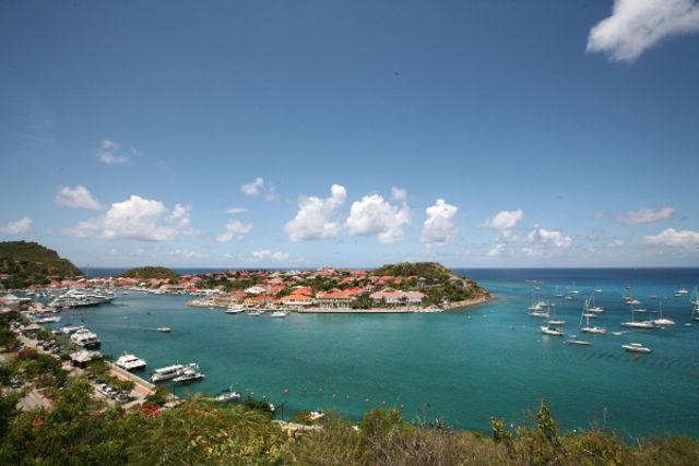Fram Guadeloupe : hotel Autotour Entre plages et terres de feu - Pointe A Pitre