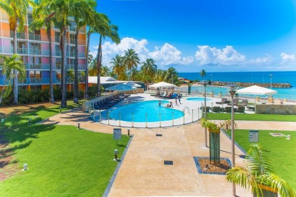 Piscine - Combiné hôtels 3 îles - Guadeloupe + Sainte Lucie + Martinique : Karibéa Le Salako 3* + Ti Kaye Resort & Spa 4* + Karibéa Amyris 3* Pointe A Pitre Guadeloupe