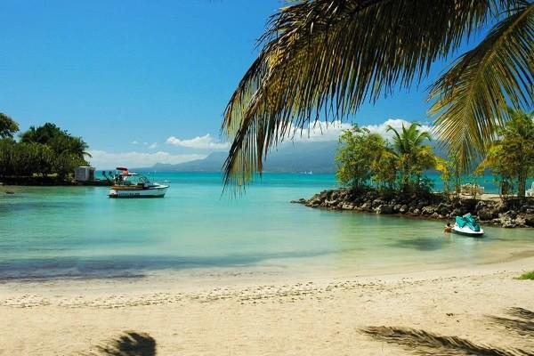 Plage - Autotour 2 îles - Guadeloupe et Martinique au Karibea Amyris à Sainte Luce Pointe A Pitre Guadeloupe