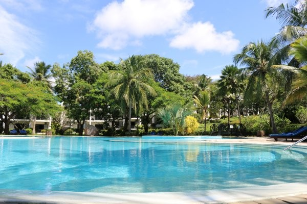 Piscine - Hôtel Combiné Séjour Diani Sea Resort / Safari Big Five 4* Mombasa Kenya