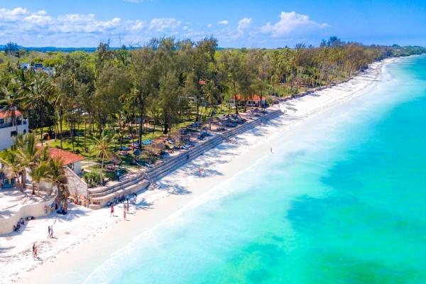 Plage - Hôtel Combiné Séjour Diani Sea Resort / Safari Tsavo-Amboseli 4* Mombasa Kenya