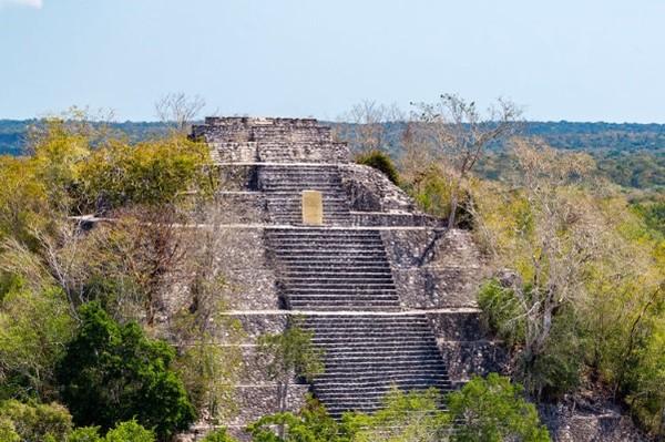 Monument - Combiné circuit et hôtel Yucatan Autrement et extension au Club Coralia BlueBay Grand Esmeralda Cancun Mexique