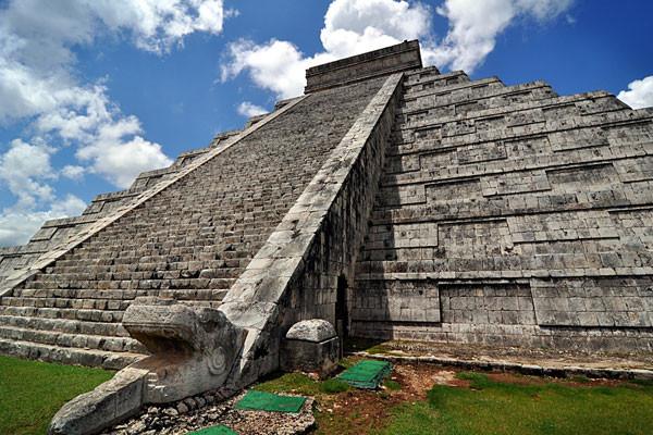 Monument - Combiné circuit et hôtel Merveilles du Yucatan + extension 7 nuits Dos Playas Faranda 4* Cancun Mexique
