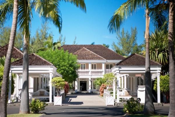Facade - Combiné hôtels Réunion et Maurice : Lux* Saint Gilles & Lux* Le Morne 5* Saint Denis Reunion