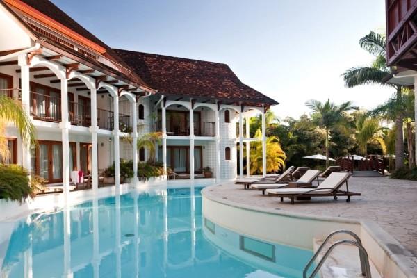 Piscine - 2 Îles Réunion + Ile Maurice Le Saint Alexis & Spa + Outrigger Mauritius Beach Resort