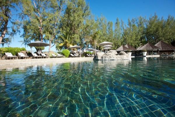 Piscine - Combiné hôtels 2 Îles Réunion + Maurice : Lux* Saint Gilles & Lux* Grand Gaube 5* Saint Denis Reunion