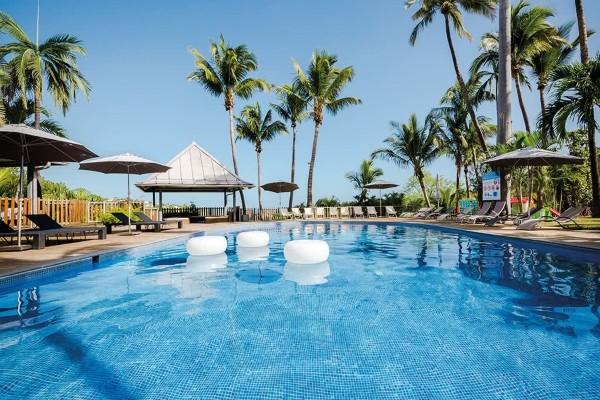 Piscine - Combiné hôtels Les Aigrettes 2* & Emeraude Beach Attitude 3* Saint Denis Reunion