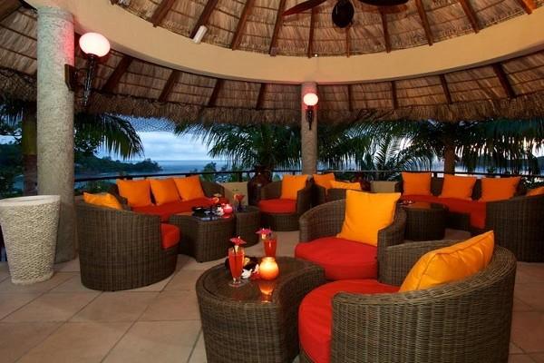 Bar - Combiné hôtels 2 ILES : MAHÉ & PRASLIN : Valmer & Palm Beach 3* Mahe Seychelles
