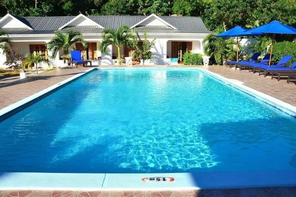 piscine - 2 iles : Mahé + Praslin : Auberge Chez Plume + The Britannia