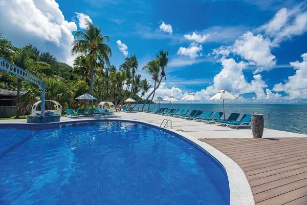 Piscine - Combiné hôtels 2 Iles - Mahé et Praslin : Valmer + Coco de Mer & Black Parrot Suites Mahe Seychelles