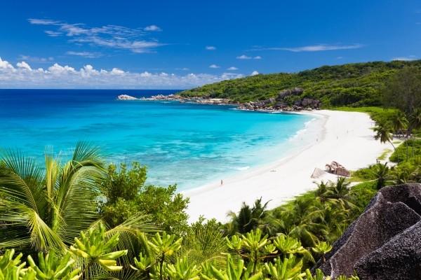 Plage - Combiné hôtels 2 îles- Berjaya Praslin & Berjaya Beauvallon 3* Mahe Seychelles