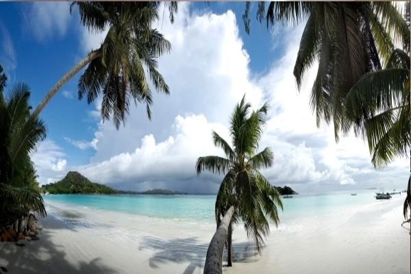 Plage - Combiné hôtels 3 îles - Berjaya Praslin & Patatran & Berjaya Beauvallon 3* Mahe Seychelles
