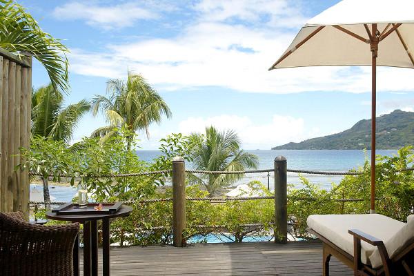 Terrasse - Combiné hôtels 2 îles Mahé et Praslin : Le Méridien Fisherman's Cove + Acajou Mahe Seychelles