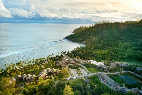 Vue panoramique - Combiné hôtels 2 îles : Mahé et Praslin : Kempinski Seychelles Resort Baie Lazare + L'Archipel Mahe Seychelles