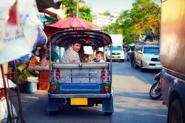 Générique - Bangkok et Bravo Club Khao Lak