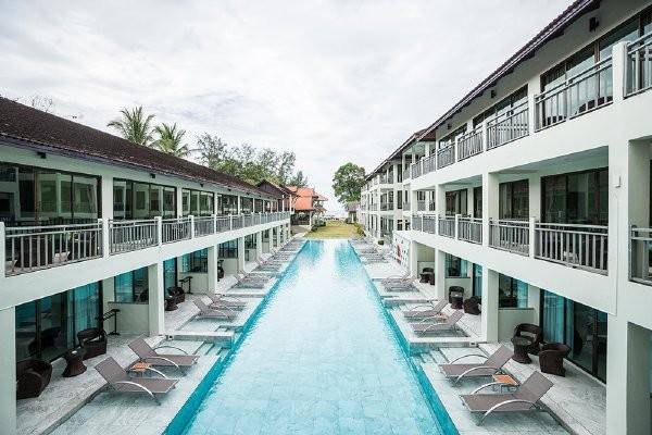Piscine - Combiné hôtels - Bangkok aux plages de Khao Lak en 8 nuits 4* Bangkok Thailande