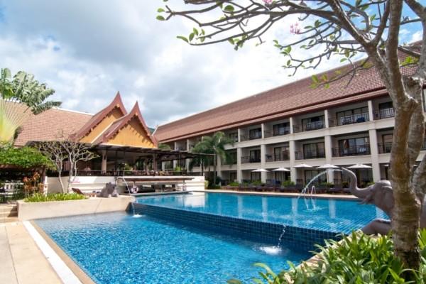Piscine - Circuit Trésors du Siam et Farniente à Phuket au Deevana Patong Resort & Spa 3* Bangkok Thailande
