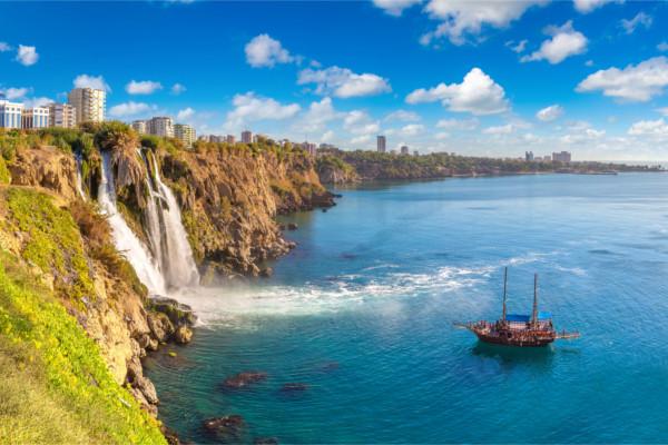 Ville - Combiné circuit et hôtel Des rives du Bosphore à la Méditerranée et séjour au Framissima Crystal Flora Beach Resort 5* Istanbul Turquie