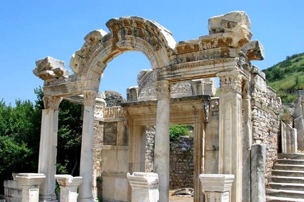 Monument - Combiné circuit et hôtel Découverte de la Turquie et séjour au Mondi Club Yali