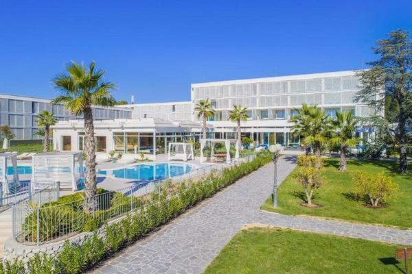 Facade - Amadria Hotel Jure 4* Split Croatie