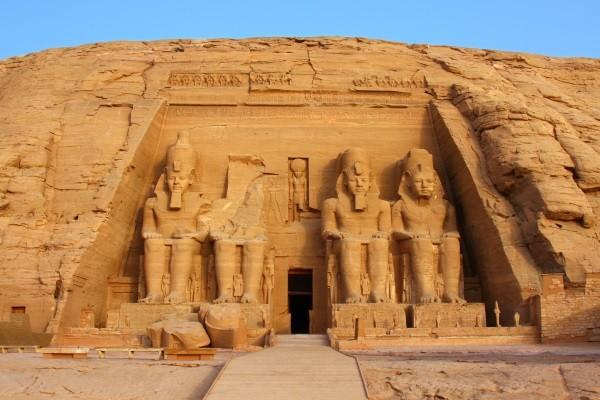Monument - Croisière Au fil du Nil Louxor Egypte