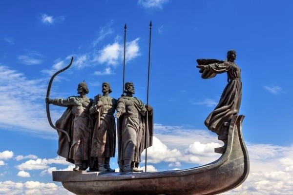Monument - Croisière Croisière fluviale en Ukraine :le Dniepr des cosaques 4* Kiev Ukraine