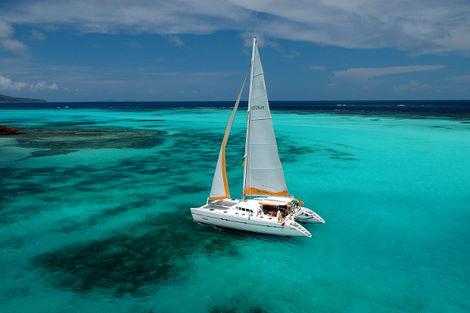 Martinique-Croisière Grenadines + séjours à Union et Ste Lucie