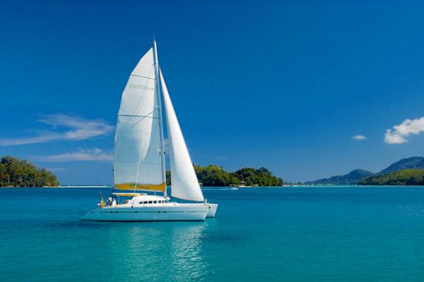 Catamaran 5D