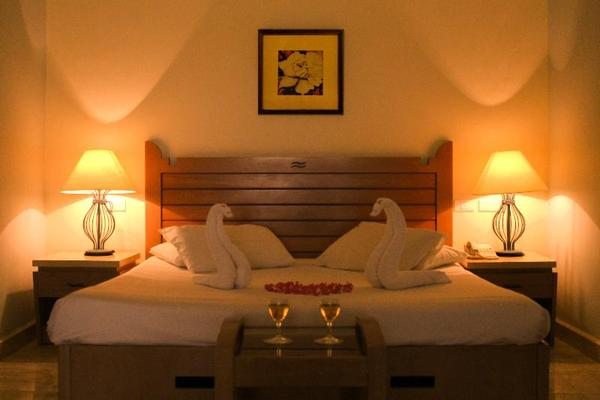 Facade - Royal Lagoons Resort Hurghada Egypte