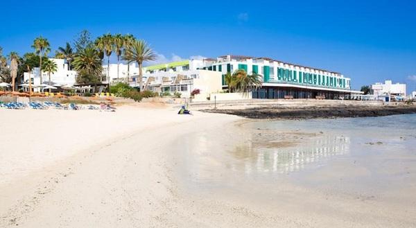 Facade - The Corralejo Beach 4*