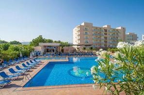Ibiza-Ibiza, Hôtel Invisa Es Pla