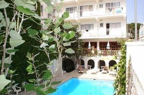 Vacances Hotel Ca's Bombu