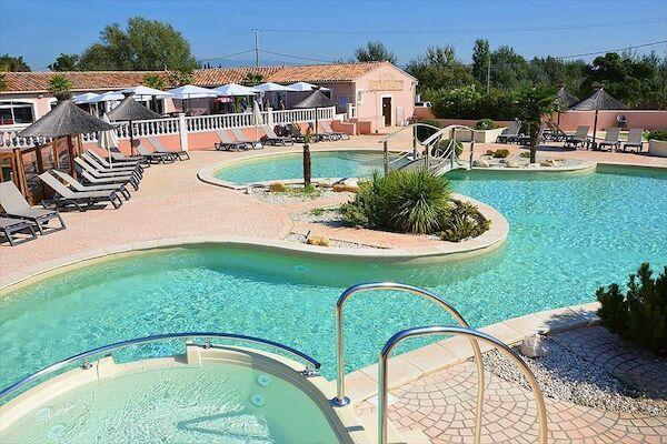 null - les Fontaines Avignon France Provence-Cote d Azur