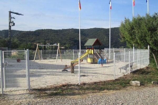 null - Le Barralet Avignon France Provence-Cote d Azur