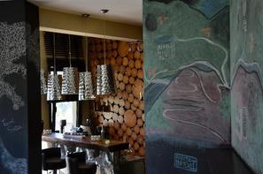 Grèce : Les Cyclades-Ile d'Andros, Hôtel Forest Suites 3*