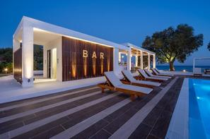 Rhodes-Rhodes, Hôtel Kamari Beach