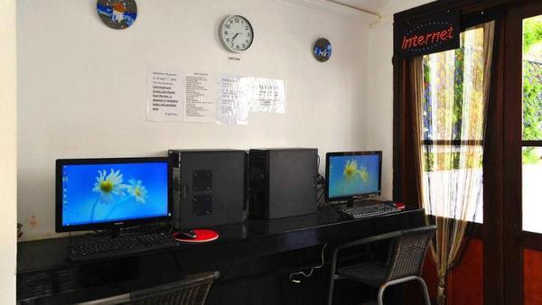 Facade - Anny Studios Perissa Beach 3* Santorin Grece