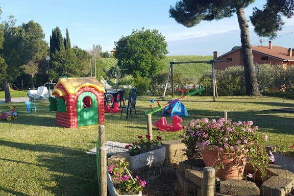 null - Mar Y Sierra San Costanzo Italie