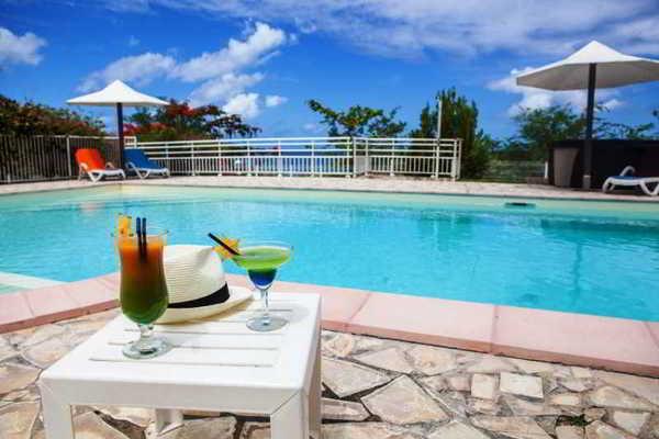 Piscine - Corail Résidence 3* Fort De France Martinique
