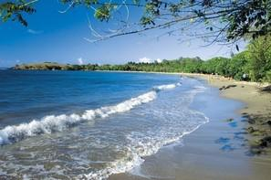 Martinique-Fort De France, Résidence hôtelière Karibea Baie Du Galion Resort-goelette Suites