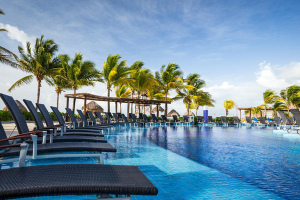 Piscine - Bluebay Grand Esmeralda 5* Cancun Mexique