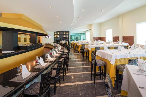 Restaurant - Bluebay Grand Esmeralda 5* Cancun Mexique