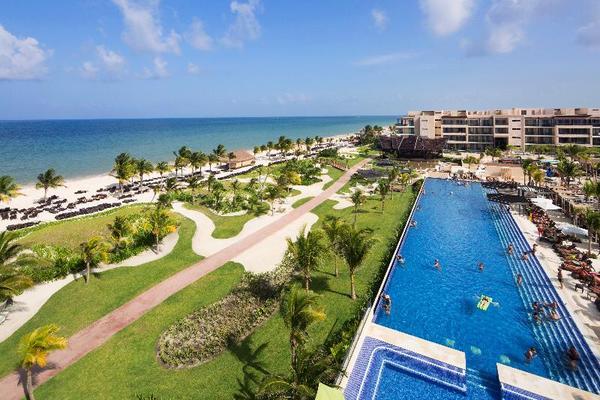 Facade - Royalton Riviera Cancun-all Inclusive 5*