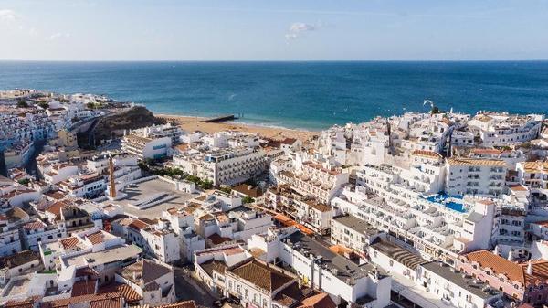 Facade - California 3* Faro Portugal