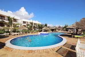 Tanzanie-Zanzibar, Hôtel Reef & Beach Resort