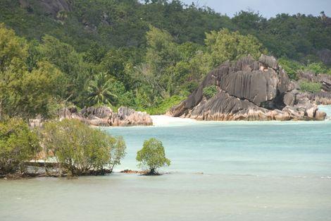 combin h tels emeraude s jour l 39 auberge anse boileau seychelles ecotour. Black Bedroom Furniture Sets. Home Design Ideas